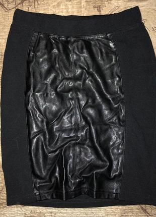 Крутая юбка с кожаной вставкой