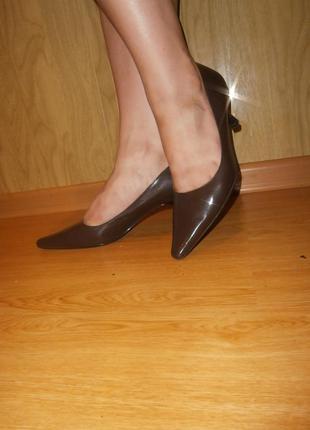 Шок цена/стильные туфли-лодочки из натуральной кожи  150 грн