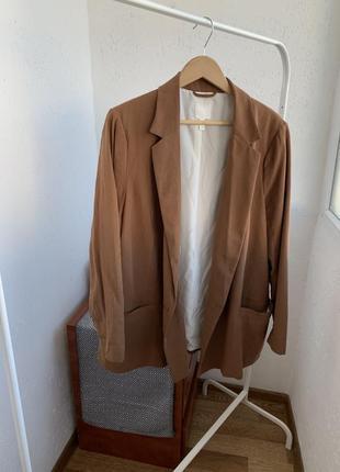 Блейзер пиджак двубортный кэмл