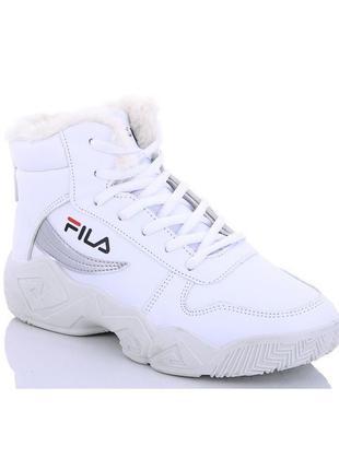 Зимние женские белые кроссовки ботинки на масивной подошве