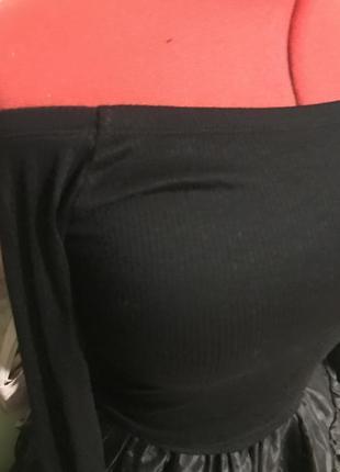 Кофточка на одно плечо в рубчик