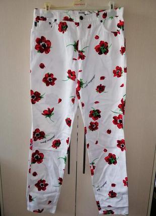 Шикарные джинсы оригинал moschino!