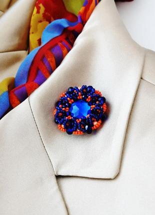 Дерзкая сине-оранжевая брошь ручной работы «blue orange»