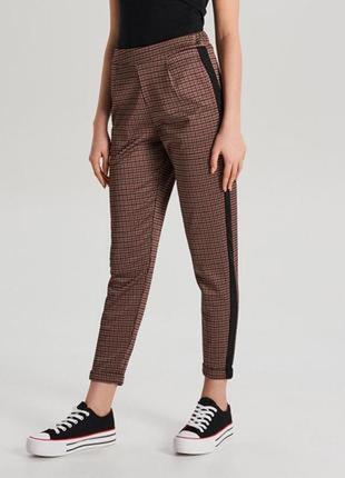 Стильні брюки cropp ! крута тканина і якість!!