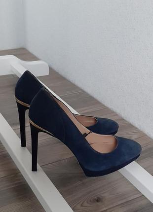 Женские замшевые туфли zara