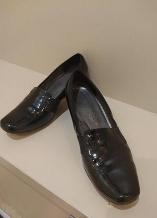 Осенние туфли большого размера