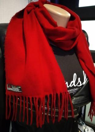 Мягусенький бордово-красный теплый шарф
