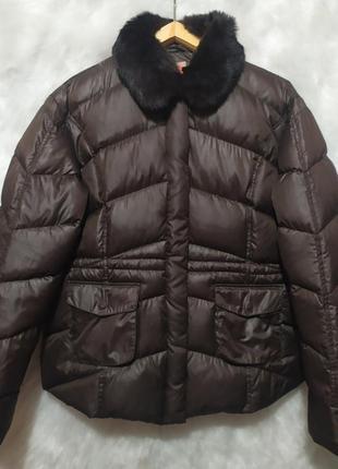 Интересная пуховичек -куртка с воротником меха шиншиллы немецкого бренда iq+ berlin