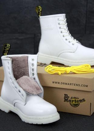 Шикарные белые ботинки dr. martens на меху