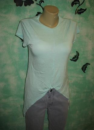 Крутая футболка с необычной спинкой
