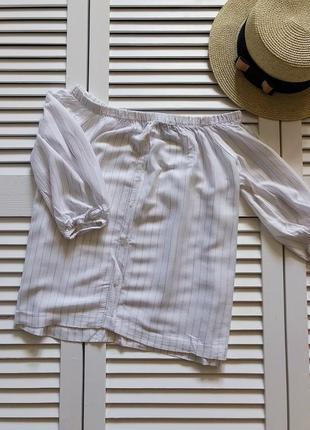 Легкая летняя кофточка с открытыми плечами