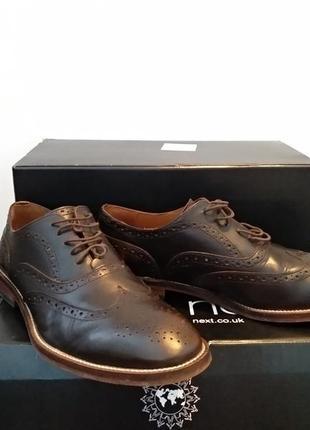 Продам туфли броги