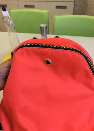 Яркий рюкзак аргентинского бренда jackie smith