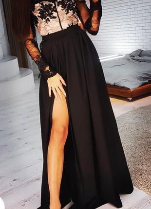 Элегантное платье  в пол новое
