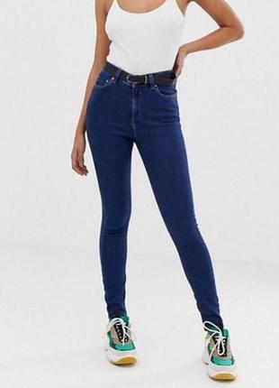 Тёплые темно синие джинсы скинни с высокой посадкой на тонком флисе на худенькую