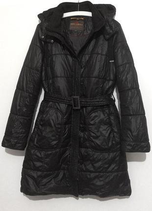Женское зимнее черное пальто с капюшоном qs by oliver, утепленное синтепоном