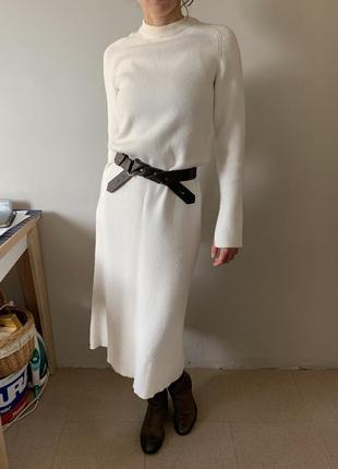 Тёплое длинное платье