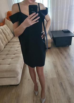 Маленьке чорне плаття muzyka&sas