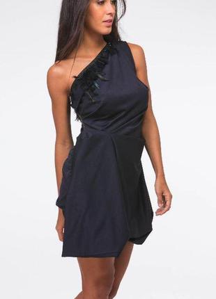 Шикарное очень оригинальное платье от river island рр 8 наш 42