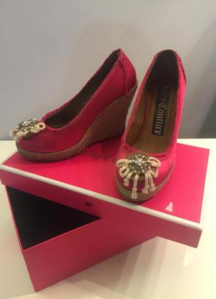 Туфли на танкетке juicy couture