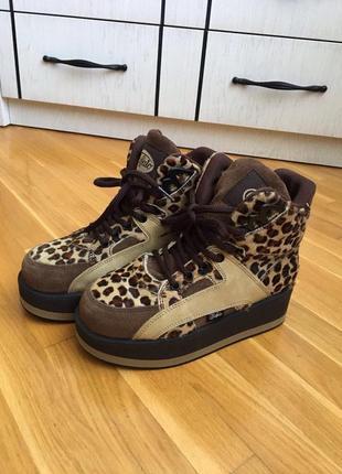 Стильные ботинки/кроссовки брендовые