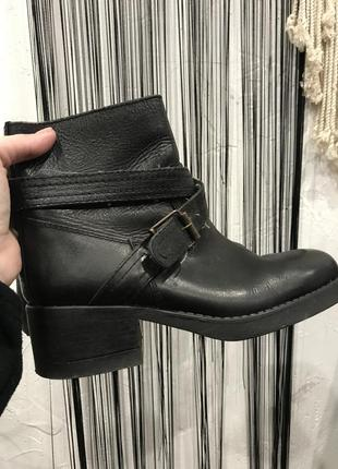 Шикарные кожаные грубые ботинки dolcis! сапоги, боты