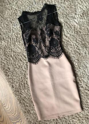 Облегающее  платье amisu