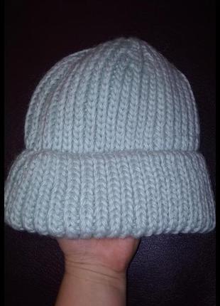 Мятная тёплая шапочка. италия