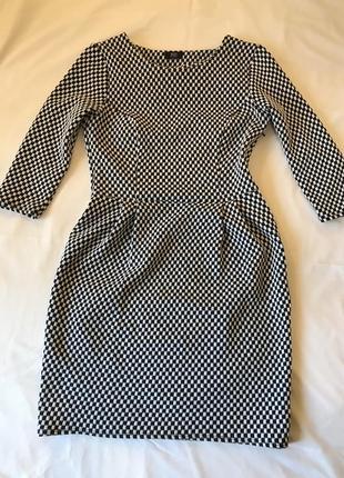 Стильна чорно-біла сукня від f&f
