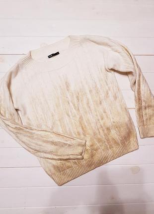 Красивый свитерок размер 36