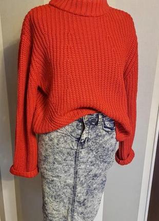 Клевый красный свитер свитшот оверсайз .