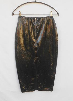 Черная лаковая юбка карандаш миди  на молнии