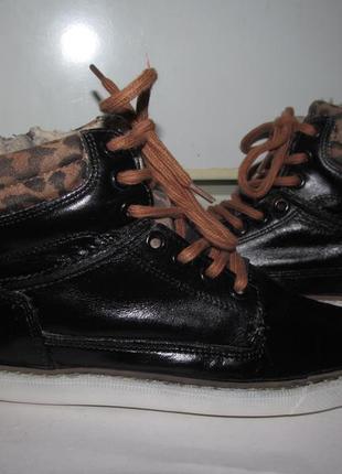 Фирменные кожаные тёплые кроссовки евро-зима  muyters