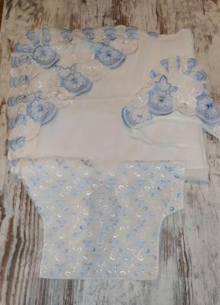 Крестильный набор на крестины пеленка уголок шапочка распашонка