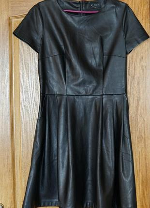 Платье кожаное +  подарок