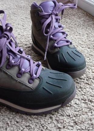 Ботинки зимові американського бренду columbia.