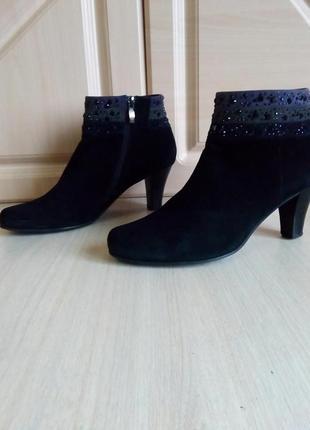 Нарядные ботинки,38 р . (25-25,5 см)