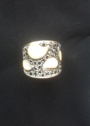 Массивное серебряное кольцо с эмалью
