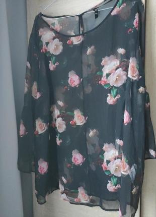 Шикарна блуза в квіти (батал)