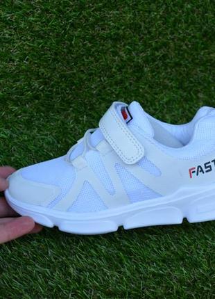 Весенние кроссовки белые сетка