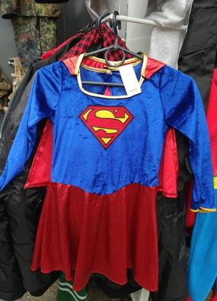 Платье суперменша