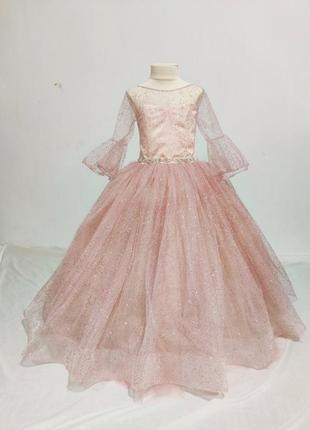 Нежное бальное платье