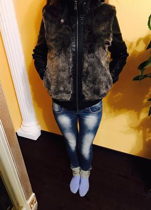 Курточка из эко кожы