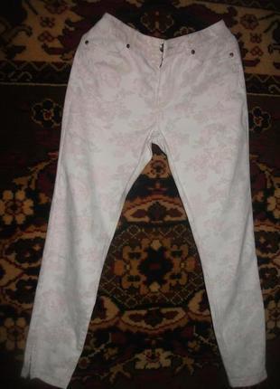 # розвантажуюсь  брюки,штаны,джинсы светлые