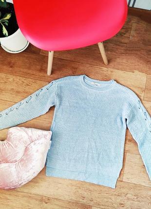 Афигенний новый  базовый  свитер с люверсами на рукаве