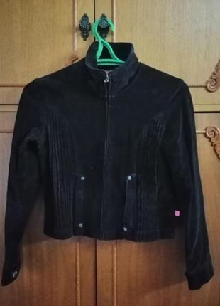 Укороченая вельветовая куртка
