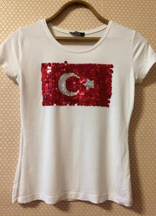Красивая эффектная футболка с пайетками! много ещё футболочек !заходите!