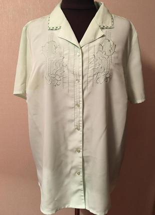 Светло-салатовая нарядная блуза большого размера,женская блузка