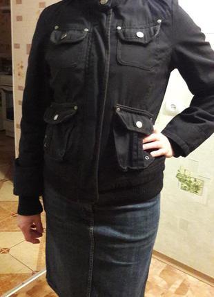 Курточка с меховым капюшоном pimkie