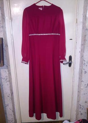 Нарядное,малиновое платье-в пол,расшитое серебряной тесьмой и пайетками,14-20р.,lirelle